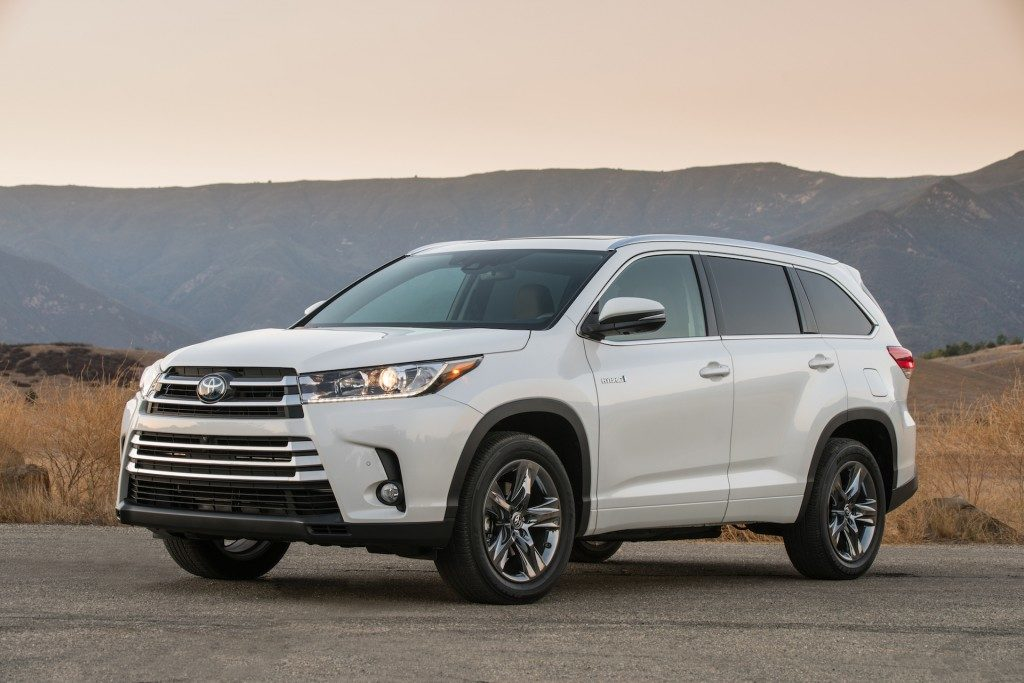 Toyota S Highlander Hybrid Suv Is Back For 2017 With An Improved Transmission And Even Better Engine The Chis Already A Top Notch