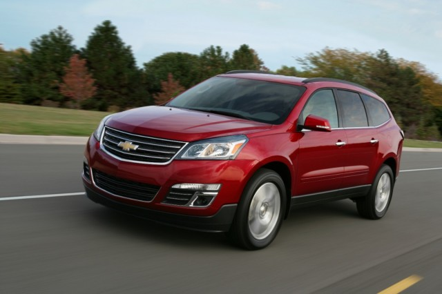 2013 Chevrolet Traverse Review, Photos & Price