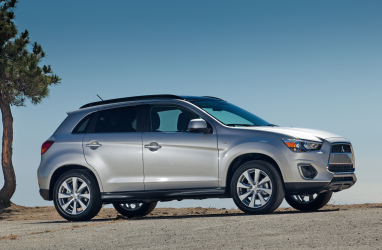 2013 Mitsubishi Outlander Review, Photos & Price