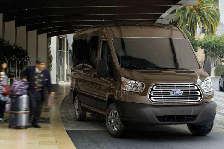 5 2017 Ford Transit Penger Wagon 34 365